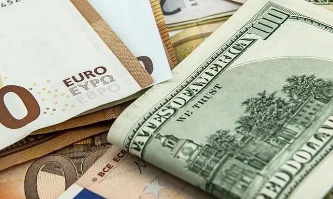 Эксперты назвали лучшую валюту для хранения сбережений